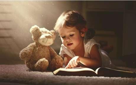 Faça essas orações poderosas para proteger a sua família. - Shutterstock