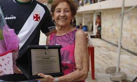 Em 2018, na reinauguração da plataforma de saltos do Vasco da Gama, o clube homenageou Silina Braga (Divulgação / Vasco da Gama)