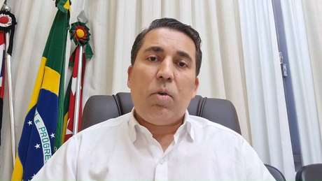 O prefeito de Dracena, André Lemos, foi à rede social informar a população sobre a aplicação de vacina vencida em 80 moradores