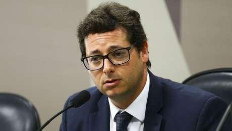 Após fazer graves acusações a Pazuello, Fabio Wajngarten deve ser convocado pela CPI
