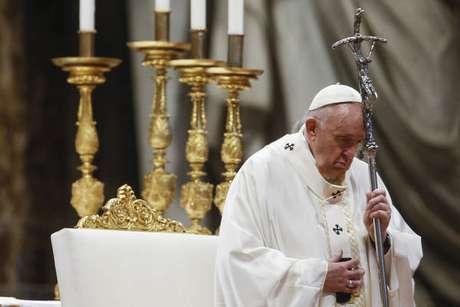Papa Francisco convidou todos os fiéis para rezarem o rosário para o fim da pandemia