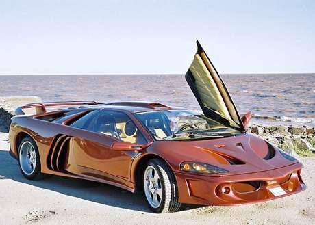 Lamborghini Coatl foi vendido de 1998 a 2004 e era baseado no modelo Diablo.