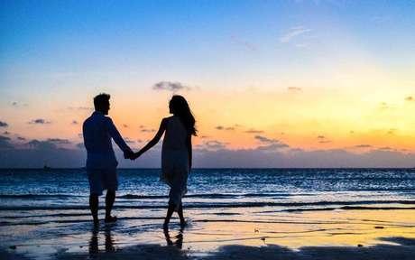 Veja como esses posicionamentos astrológicos influenciam na relação amorosa -