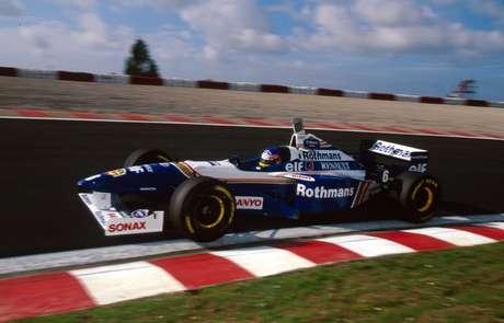 Jacques Villeneuve venceu pela primeira vez em Nürburgring