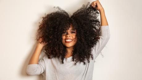 O que não fazer com cabelos cacheados