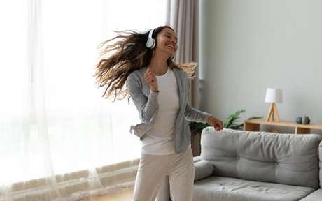 Dança, a atividade que ajuda o corpo e traz bem estar