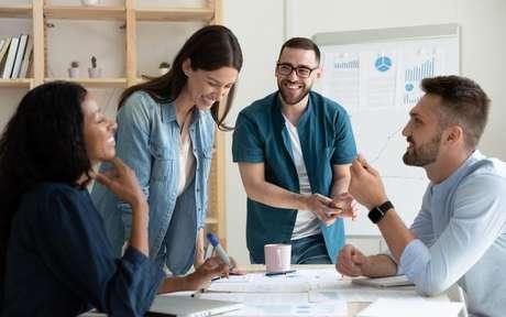 Saiba os principais atributos dos signos no ambiente de trabalho - Shutterstock