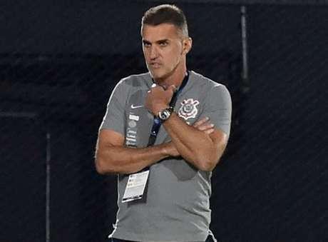 Após derrota, treinador Vagner Mancini carrega nas costas críticas por atuações ruins do Corinthians (NORBERTO DUARTE / POOL / AFP)