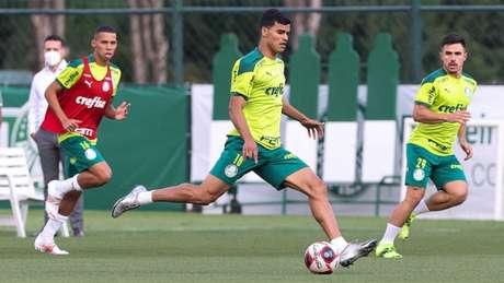 O jogador Danilo Barbosa durante treinamento na Academia de Futebol (Foto: Cesar Greco/Palmeiras)