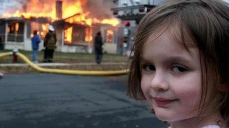 """Meme """"Disaster Girl"""" foi leiloado como um NFT"""