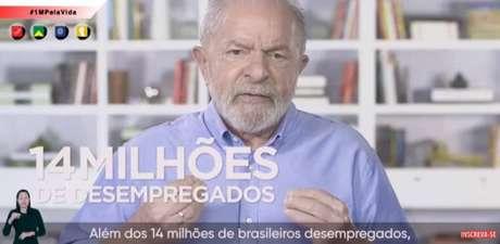 Já em campanha por 2022, vídeo de Lula destoou da informalidade das peças dosdemais.
