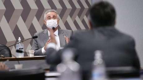 Renan Calheiros discute com senador Ciro Nogueira durante sessão da CPI da Covid