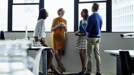 Mudanças devem ser implementadas mais facilmente em escritórios do que no setor de serviços