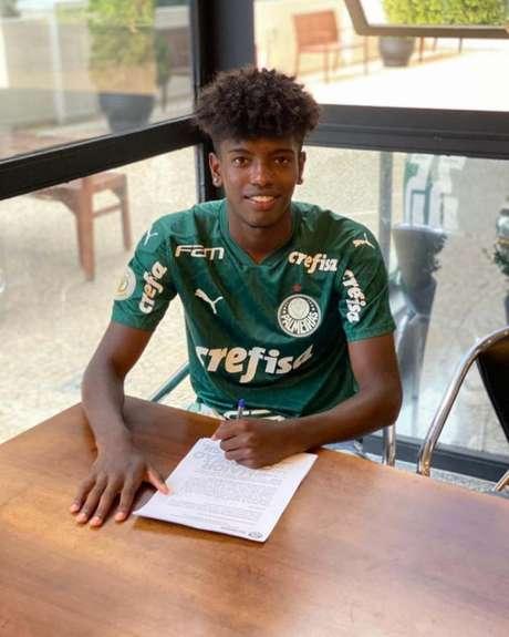 Yago Santos chegou ao Palmeiras em 2018 para a equipe Sub-15 (Foto: Arquivo pessoal)