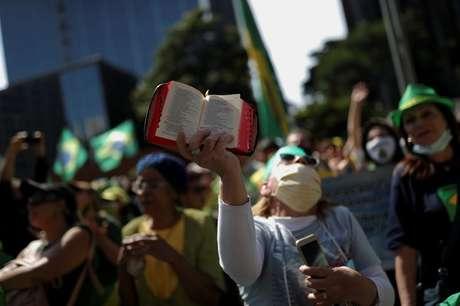 Apoiadores do presidente Jair Bolsonaro participam de manifestação em São Paulo 1/5/2021  REUTERS/Amanda Perobelli