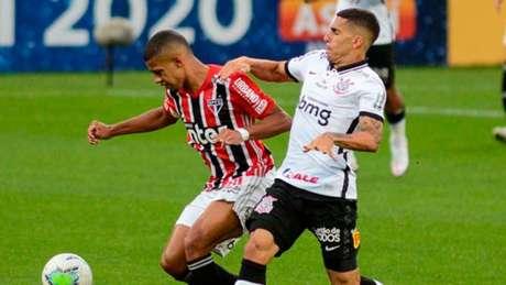 Corinthians e São Paulo se enfrentam neste domingo, às 22h15 (Foto: RENATO GIZZI/Photo Premium/Lancepress!)