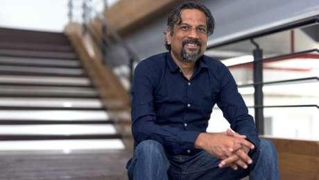 Sridhar diz que gosta de conversar com os aldeões