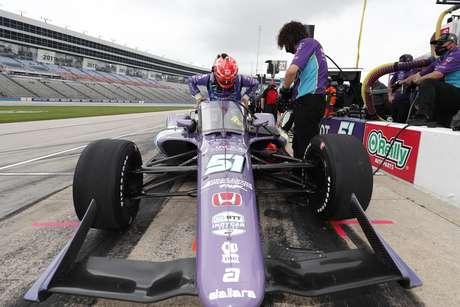 Pietro Fittipaldi foi 15º na reestreia pela Indy