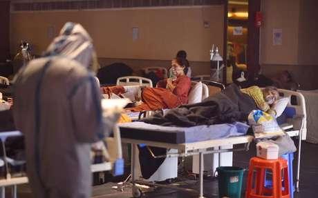 País vive pior momento da pandemia e enfrenta colapsos