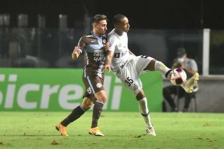 Wellington Tim voltou a treinar com a equipe Sub-23 do Santos (FOTO: Ivan Storti/Santos FC)