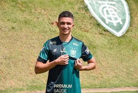 Marlon foi regularizado na última sexta-feira e já atuou no clássico diante do Cruzeiro-(Mourão Panda/América-MG)