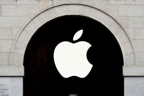Logo da Apple fotografado em Paris, França  15/07/2020 REUTERS/Gonzalo Fuentes