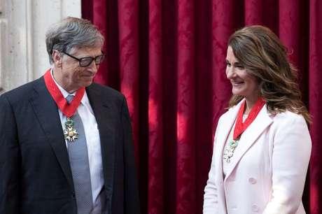 Bill Gates e Melinda Gates em Paris 21/04/2017 REUTERS/Kamil Zihnioglu
