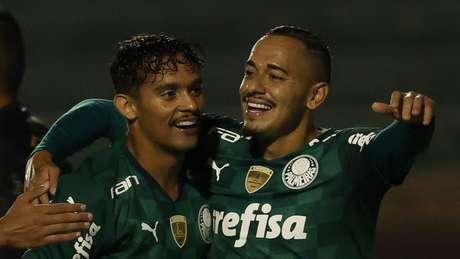 Gustavo Scarpa marcou o gol palmeirense na primeira etapa (Foto: Cesar Greco)