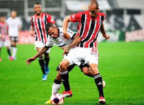 No Majestoso, Miranda fez o seu primeiro gol em seu retorno ao Sâo Paulo (Foto: Rodrigo Corsi/Paulistão)