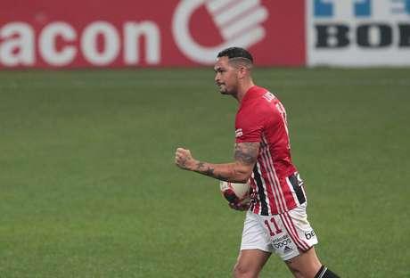 Luciano marcou após sete partidas em branco (Foto: Rubens Chiri / saopaulofc.net)