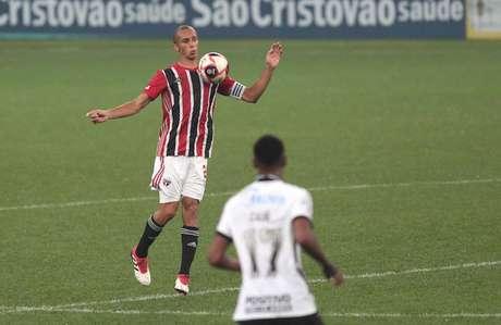 Miranda falou sobre o bom trabalho de Crespo no São Paulo (Foto: Rubens Chiri/saopaulofc.net)
