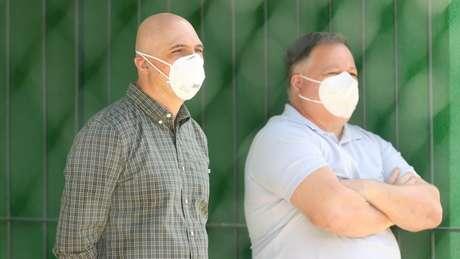 Galiotte e Anderson Barros assistem ao treinamento do Palmeiras (Foto: Cesar Greco/Palmeiras)