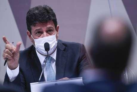 O ex-ministro Luiz Henrique Mandetta durante pronunciamento na CPI da Covid