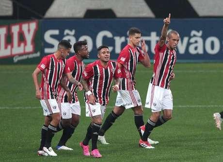 Ataque do São Paulo está muito bem na temporada (Foto: Rubens Chiri/saopaulofc.net)