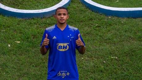 Paulinho é mais uma aposta do Cruzeiro em jovens que estão no último ano de base-(Rodolfo Rodrigues/Cruzeiro)