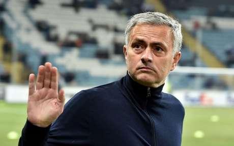 Mourinho foi anunciado nesta terça-feira (Foto: AFP)