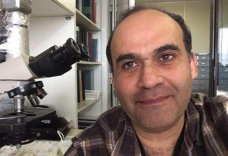 O patologista e infectologista da FMUSP e do Instituto Adolfo Lutz Amaro Duarte, autor principal do estudo