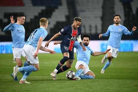 Na ida, o PSG saiu da França derrotado pelo Manchester City por 2 a 1 (Foto: ANNE-CHRISTINE POUJOULAT / AFP)