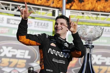 Pato O'Ward venceu pela primeira vez na IndyCar.