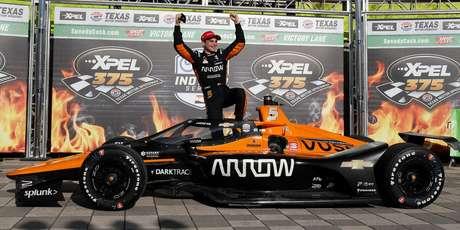McLaren encerrou o jejum de 42 sem vitórias na F-Indy.