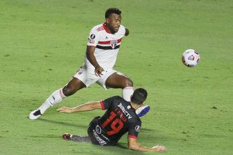 Luan jogou em 11 dos 12 jogos do São Paulo sob o comando de Crespo
