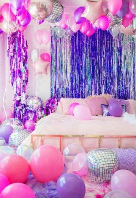 19. Decoração com muitos balões para uma festa de arrasar
