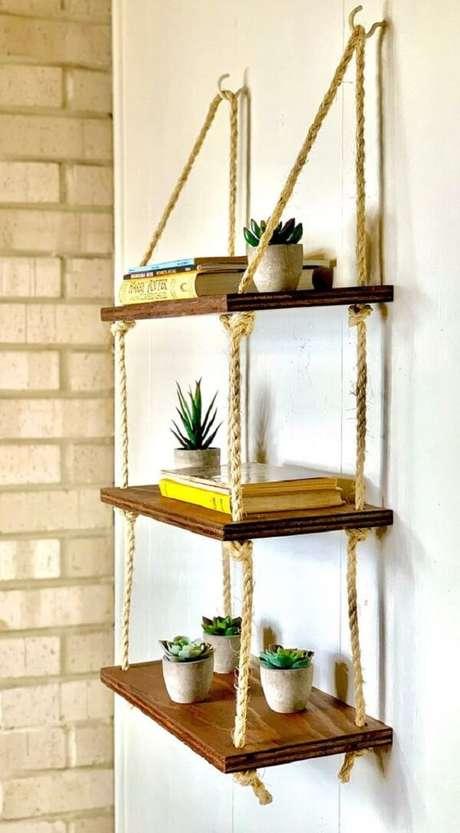14. Utilize cada módulo da prateleira de corda para expor objetos especiais. Fonte: Pinterest