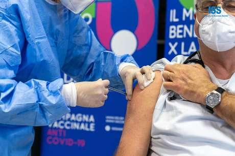 San Marino está aplicando vacinas da Sputnik e da Pfizer