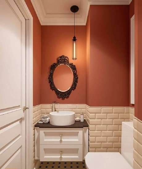 19. Decoração de banheiro pequeno com revestimento meia parede – Foto: Home Awakening