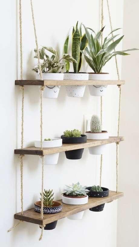 18. Prateleira de corda com suporte para vasos de plantas. Fonte: Pinterest