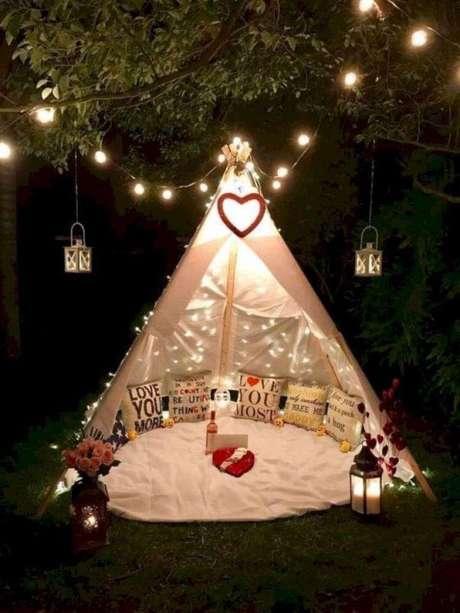 12. Decoração de jardim com cabana em casa – Foto Pinterest