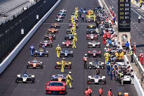 Indy 500 2021: 40% do IMS com público e 34 pilotos