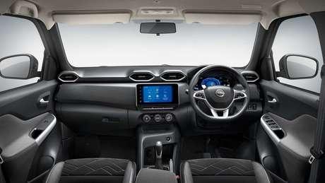 Interior do Nissan Magnite tem central multimídia de 8''.