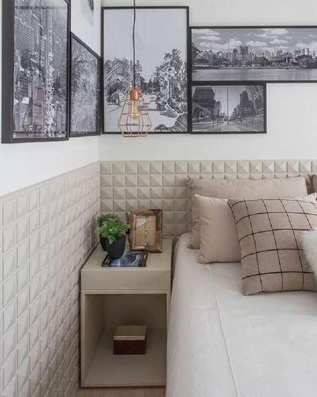 21. Revestimento 3D para quarto moderno com decoração meia parede – Foto: Pinterest